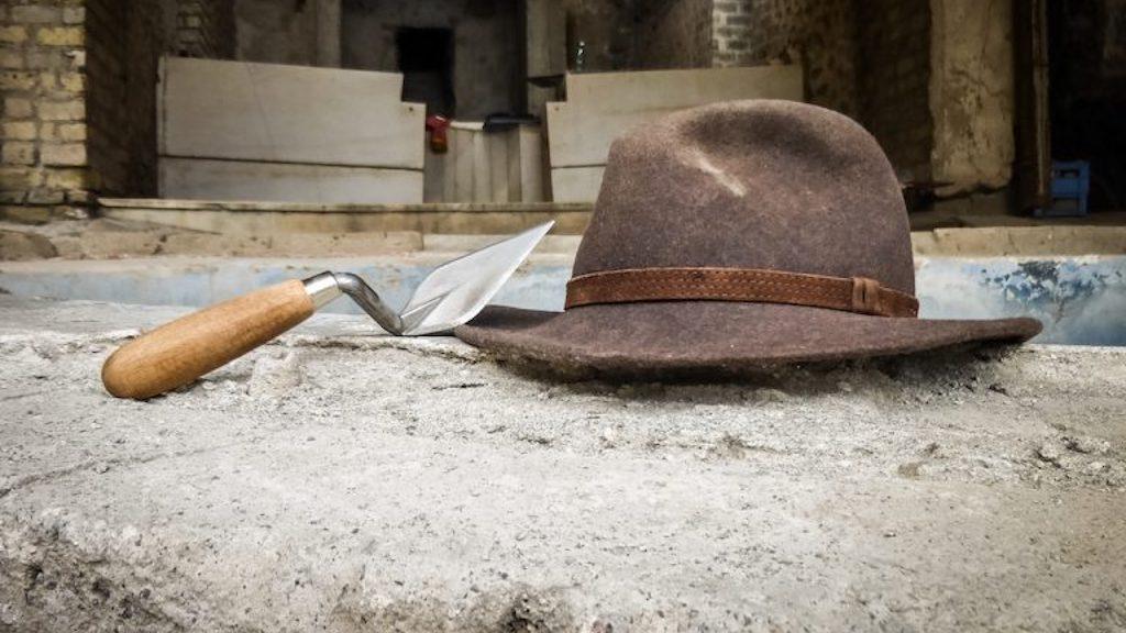 Hut eines Archäologen